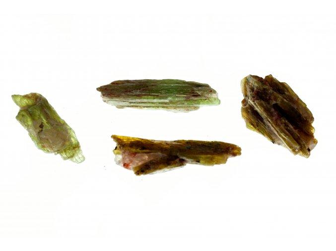 kyanit zeleny4