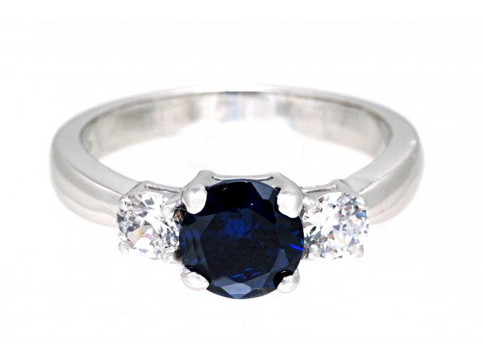 Prstýnek stříbrný trojice safírově modrý kamínek