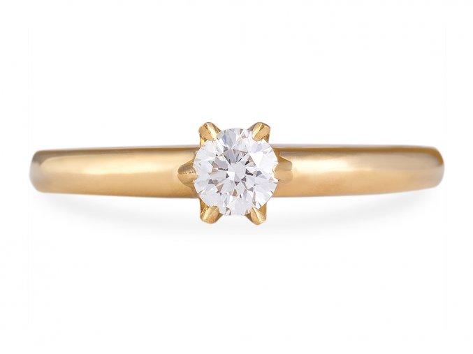 Zlatý zásnubní prstýnek s přírodním diamantem