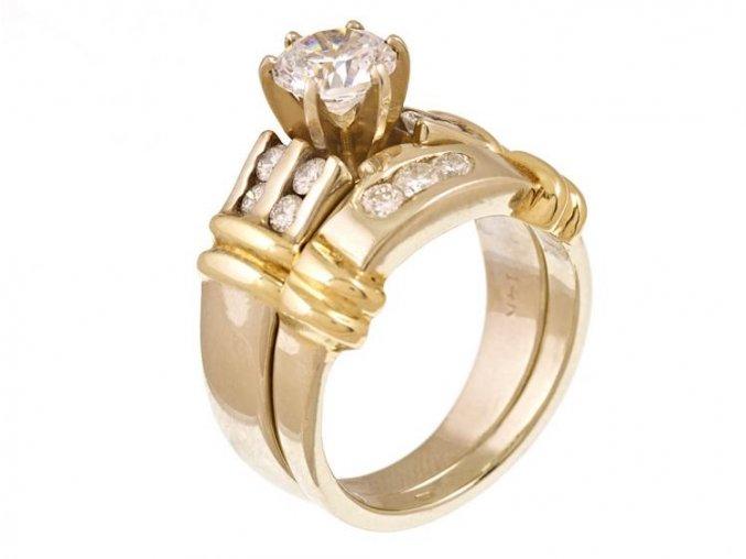 Prsteny zlaté s přírodními diamanty zásnubní set