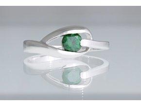 Prstýnek stříbrný se zeleným kamínkem