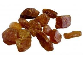 granát hessonit8