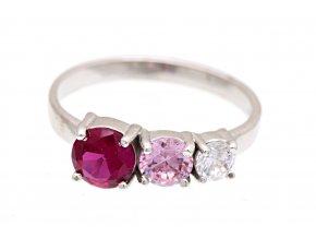 Prstýnek stříbrný, rubínový, růžový a čirý kamínek