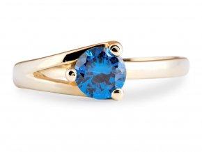 Zlatý prstýnek s modrým kamínkem