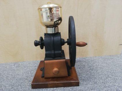 Kafemlýnek dřevěný