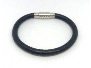 Černý kožený náramek hladký