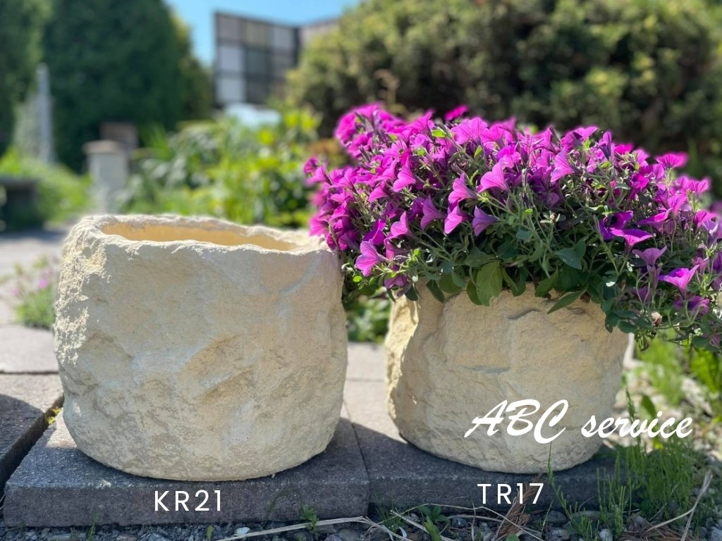 KR21 p38 x v30cm 1