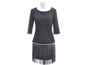 Čierne šaty so strapcami
