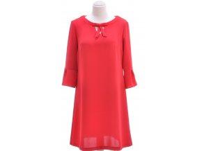 Spoločenské červené šaty s 3/4 rukávom