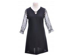 Čierne šaty s priesvitným rukávom
