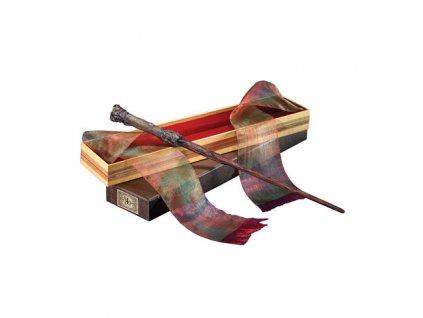 Hůlka Harryho Pottera s krabičkou od Ollivandera