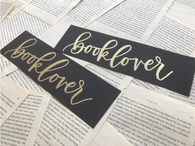 Embosovaná záložka: booklover