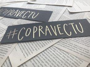 Embosovaná záložka: #copravectu