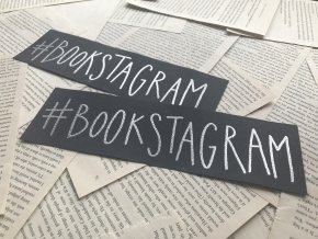Embosovaná záložka: #bookstagram