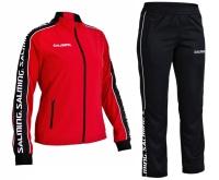 Trénink, zápas, týmové oblečení