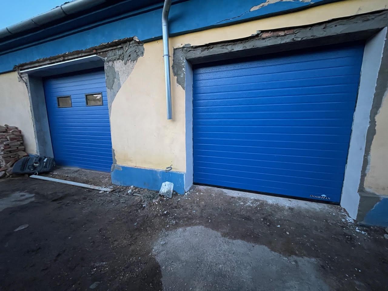 Jak dlouho probíhá montáž garážových a průmyslových vrat?