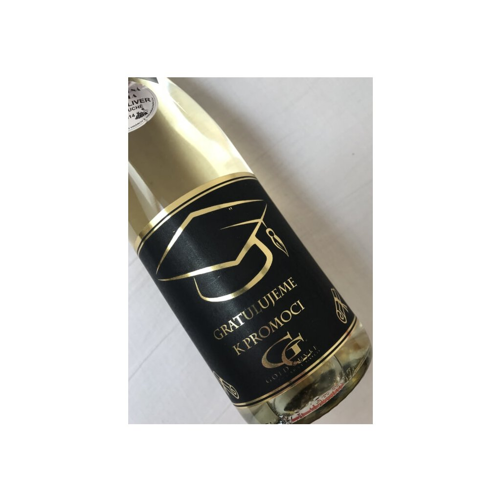 Šumivé víno so zlatom – promócie