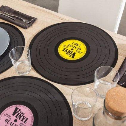 Prestieranie vinyl platňa