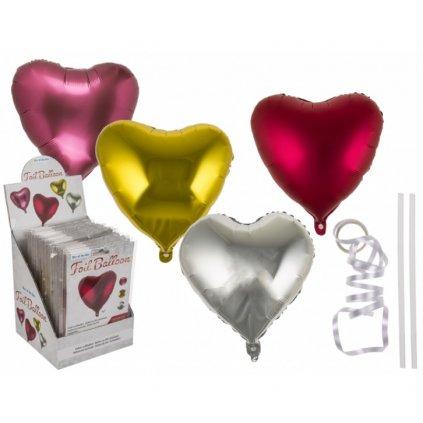 Fialový lietajúci balónik srdca