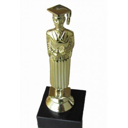 Trofej pre absolventov