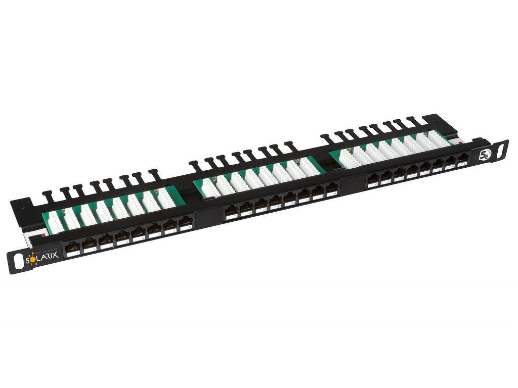 Patch panel Solarix 24xRJ45 CAT5E UTP s vyvazovací lištou černý 0,5U