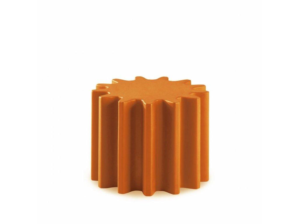 Moderní odkládací stolek Gear