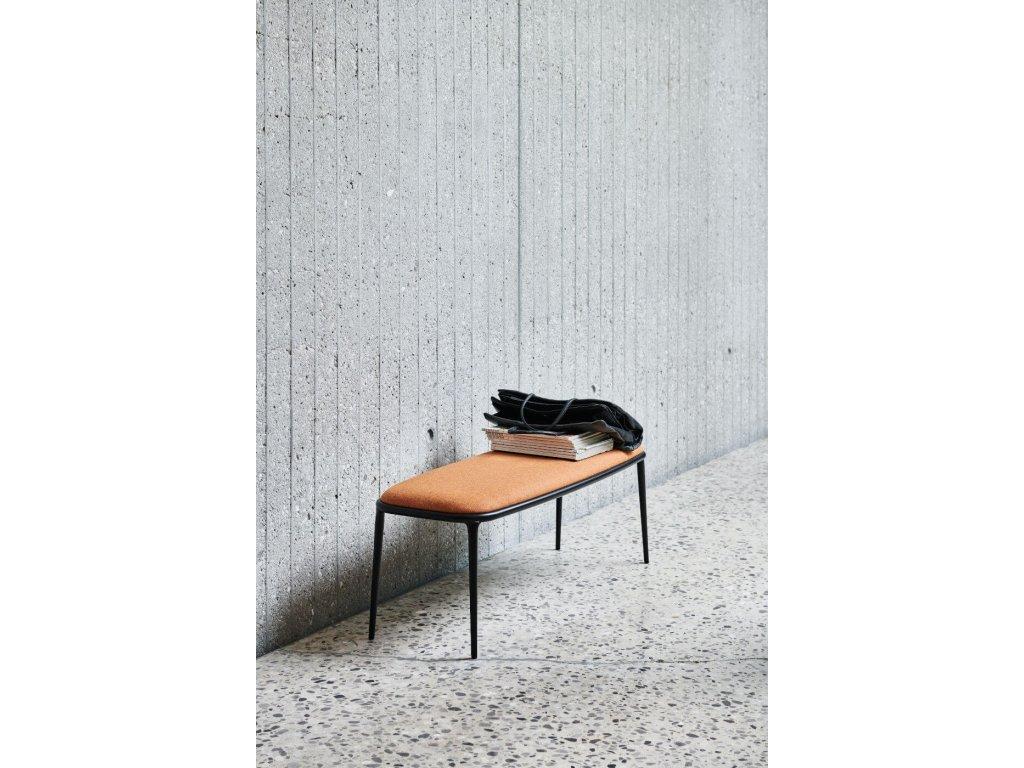 Moderní čalouněná lavice Lea