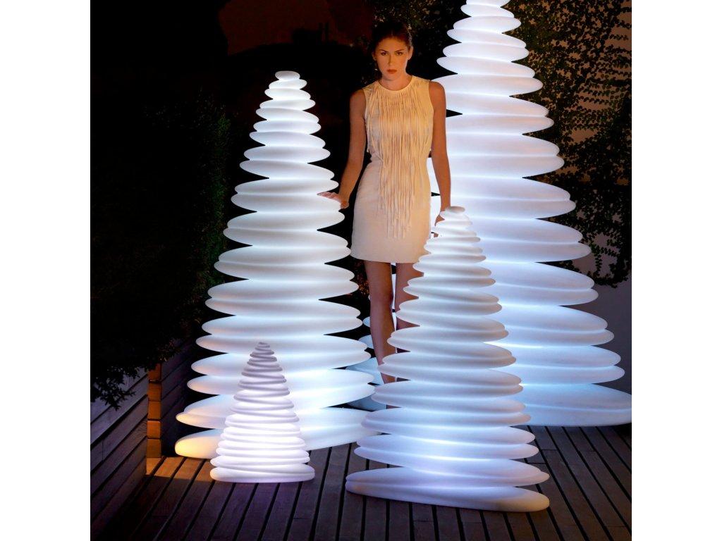 Dekorační vánoční stromek Chrismy s osvětlením 150 cm