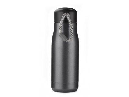 P94782/ RPET plastové ekologické láhve na vodu/ Láhev na vodu z plastu s poutkem, držákem na ruku s nerez víčkem, reklamní předměty s možností potisku loga, sloganu, obrázku. Kontaktujte nás pro nákup a potisk lahví na vodu, poradíme Vám, výběr reklamních a propagačních dárků je velký a vždy ve vysoké kvalitě/ mix barev, černá, šedá,bílá, průhledná, červená, modrá, tyrkysová, zelená. oranžová a žlutá