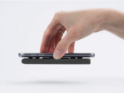 B45112-02|Reklamní powerbanka|powerbanky|4000 mAh|s přísavkami na přiložení na zadní stranu telefonu|černá