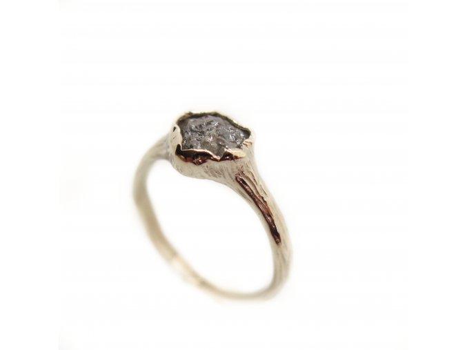 Šedý diamant
