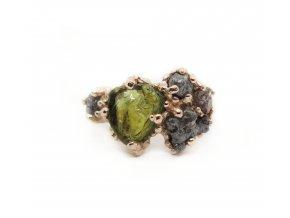 turmalín a raw diamanty