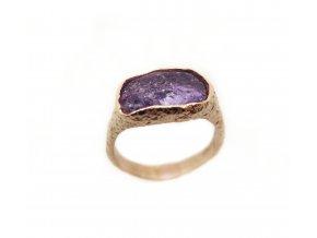 Prsten jeden kámen