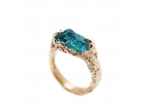 Modrý turmalín