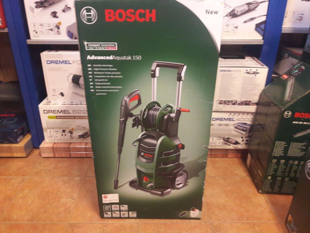 Vysokotlaký čistič Bosch AdvancedAquatak 150 - poškozený obal