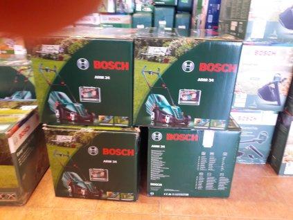 Sekačka na trávu Bosch ARM 34 - poškozený obal