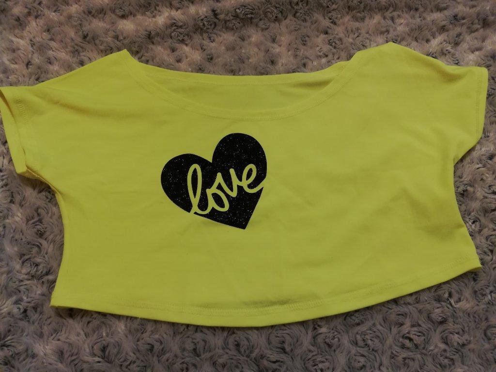 Crop-top SPORTY žlutý, srdce love černé