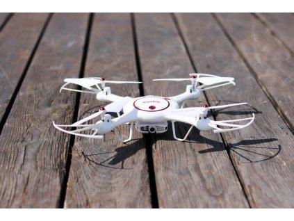 rc dron s kamerou