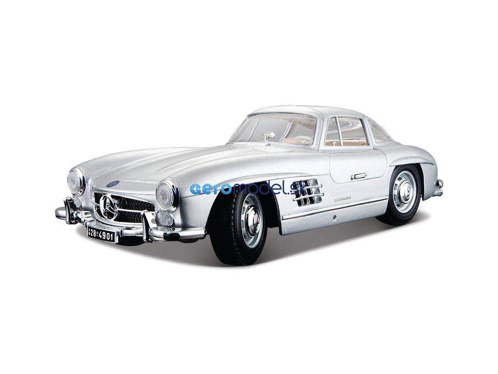 Bburago Mercedes-Benz 300 SL 1954 1:18 stříbrná metalíza BB18-12047S