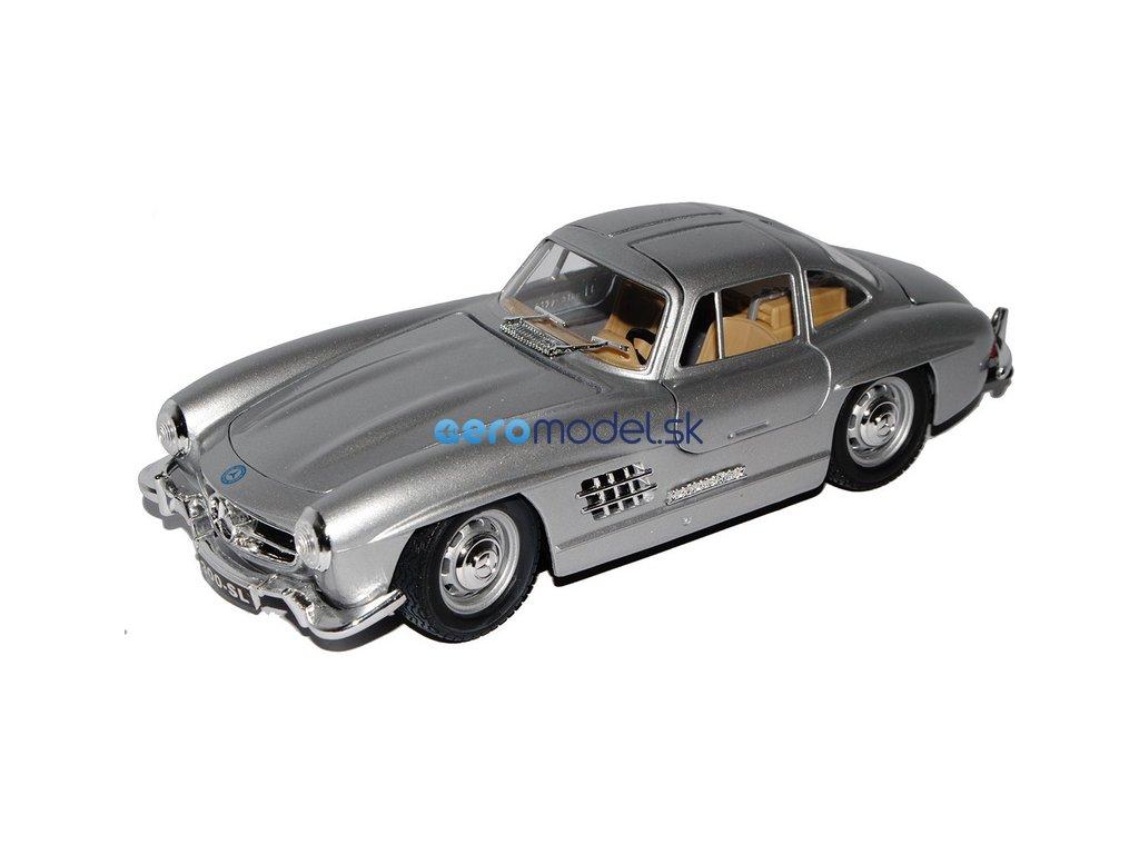 Bburago Mercedes-Benz 300 SL 1954 1:24 stříbrná BB18-22023S
