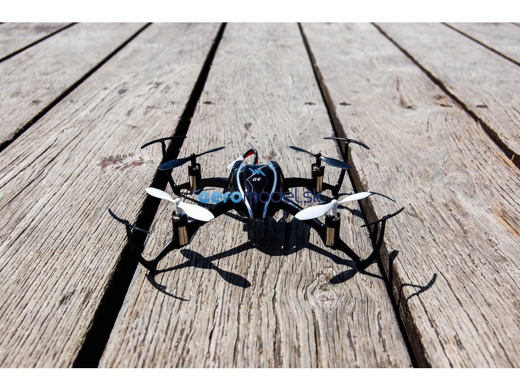 dron x9