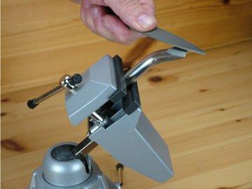 Shesto Modelcraft nastavitelný svěrák 70mm SH-PVC7012