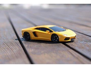 RC lamborghini Aventador 1:24, sport racing, žlté