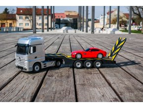 RC KAMIÓN MERCEDES BENZ ACTROS S AMG GT 1 24 2,4GHZ (4 of 15)