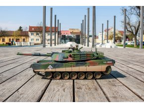 HOBBY ENGINE RC TANK ABRAMS M1A1 1 16 27MHZ RTR (7 of 25)