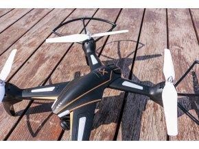 RC dron s FPV
