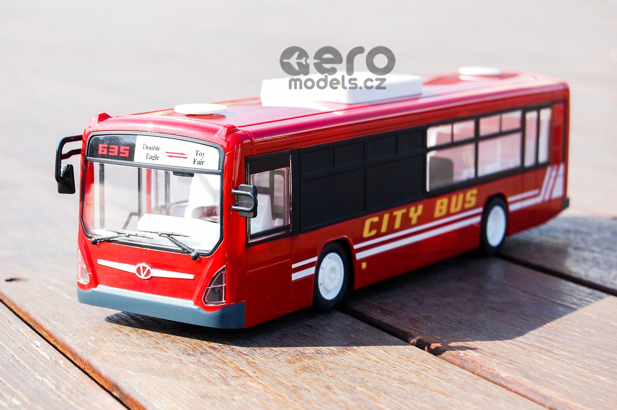 RC Autobus s otvíracími dveřmi 33cm na álkové ovládání