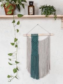 macrame-dekorace-minimalisticka-tyrkys-laurel-aesta