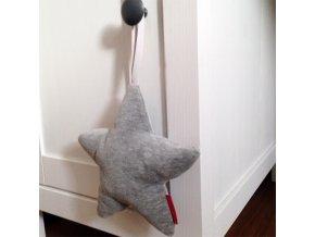 Hvězda závěsná - na hraní - šedá melange