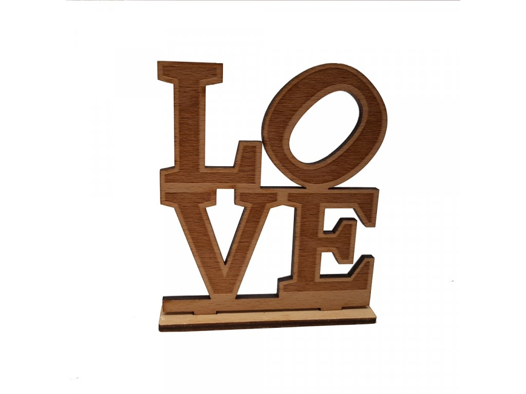 drevo napis LOVE
